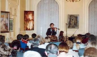 AUTOUR des ASSOCIATIONS ARTISTIQUES POLONAISES en France. Colloque - Exposition - Concert, 1996 Jakubowski, Starowieyski, Mosiadz